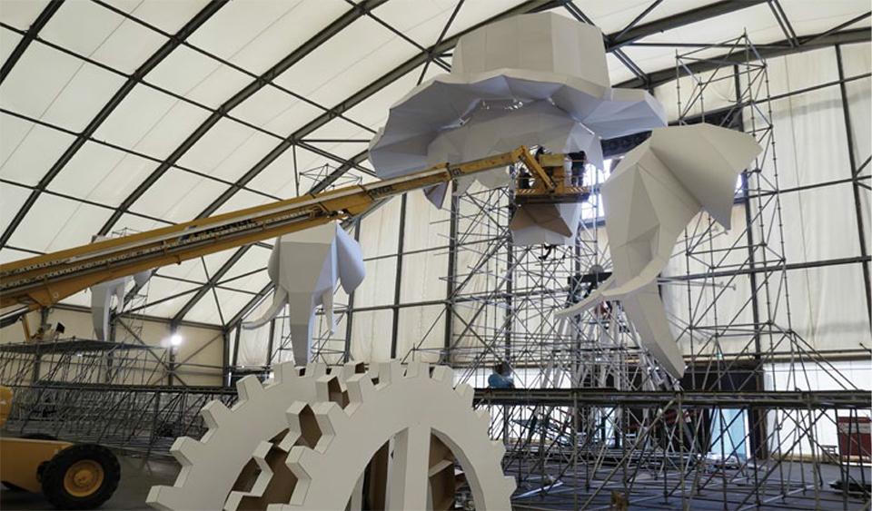 Aufbau Bühnendeko UAF